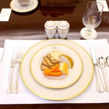 Схема сервировки стола к обеду