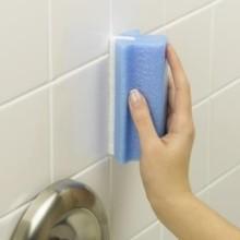 Убрать плесень в ванной