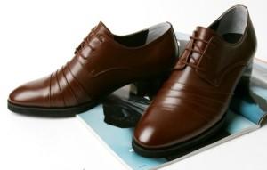 Чистка обуви из кожи
