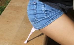 Выводим жвачку с одежды