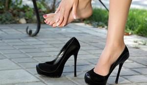 Разнашиваем тесную обувь