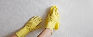 Способы очистки обоев