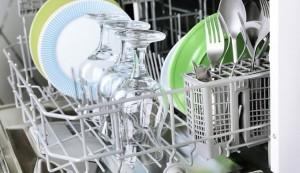 Как разложить посуду в посудомойке