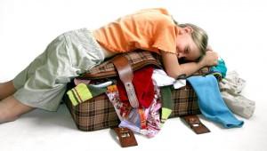 Компактно складываем вещи в чемодан