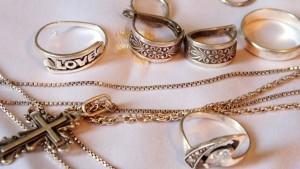 Как почистить серебряное кольцо в домашних условиях 14