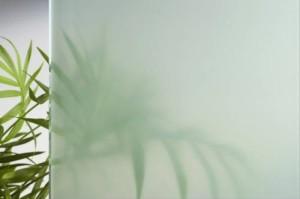 Чистим матовое стекло от пятен
