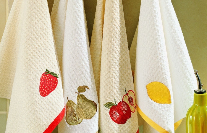 Чем можно вывести пятно с полотенца фото